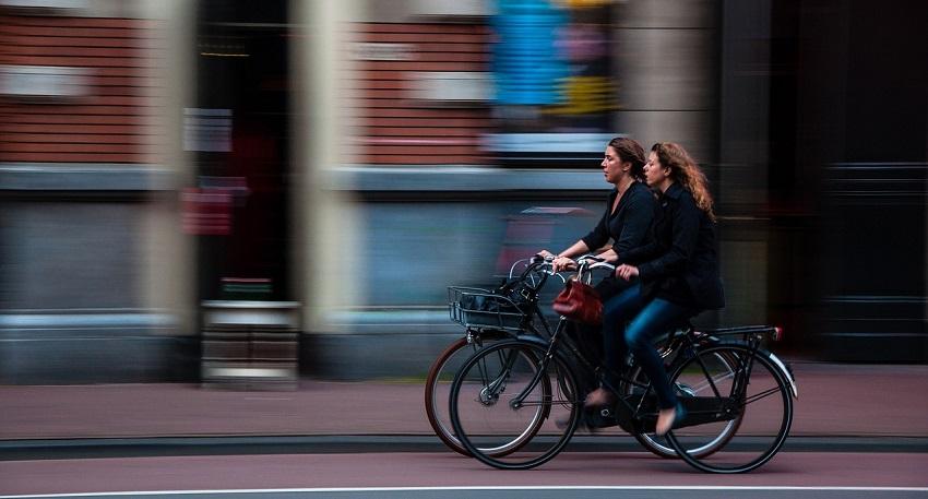 Aktywność fizyczna - jazda na rowerze