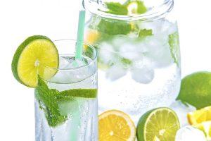 Woda jest niezbędna dla organizmu